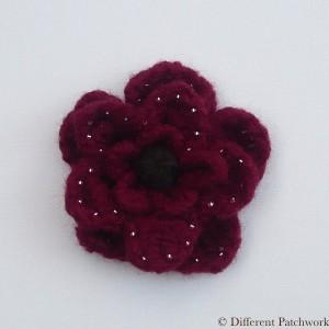 Vilt groot bloem bordeaux rood gewaarmerkt