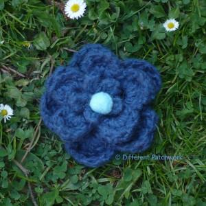Vilt z2014 bloem groot donker blauw gewaarmerkt